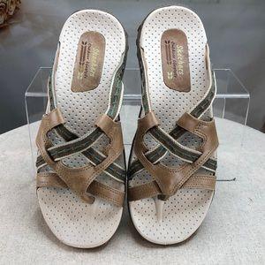 Sketchers Tan Sandals